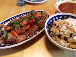 Orientalischer Lammbraten mit Cranberry-Pistazien-Reis